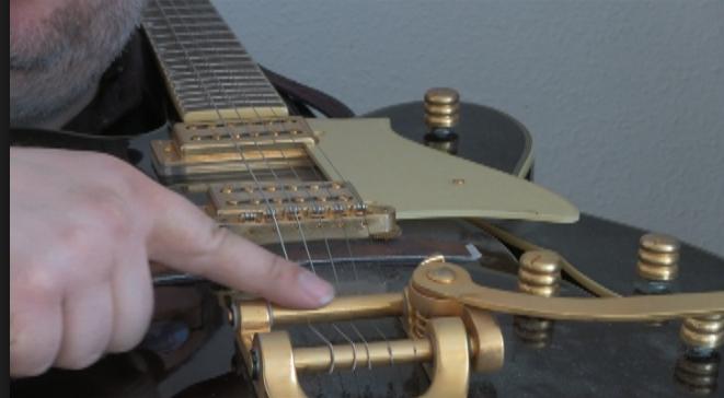 Hollowbody guitar