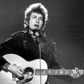 Handlen dækker over 600 sange inklusive Blowin 'in the Wind og Knockin' on Heaven's Door