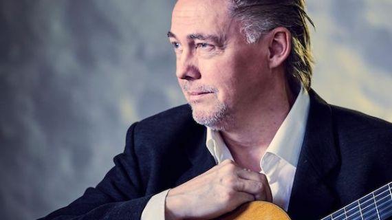 Kaare Norge ude med ny cd Amoroso