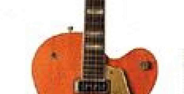Chet Atkins var med til at designe denneguitarsom Gretsch lavede specielt til ham og hansfingerpickingstil. Gretsch 6120 guitaren kom på markedet i 1954 og blev den førsteguitarsom Chet Atkins var med til at designe for Gretsch og er en såkaldt hollow-body type guitar. Deraf navnet: Chet Atkins Hollow Body